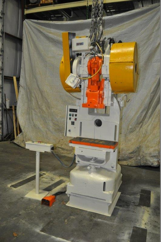 """40 TON ROUSELLE MODEL 40H HORN PRESS; S/N 22039, 6"""" STROKE, 26"""" LRX, 12"""" FRONT TO BACK BEND AREA, 45"""