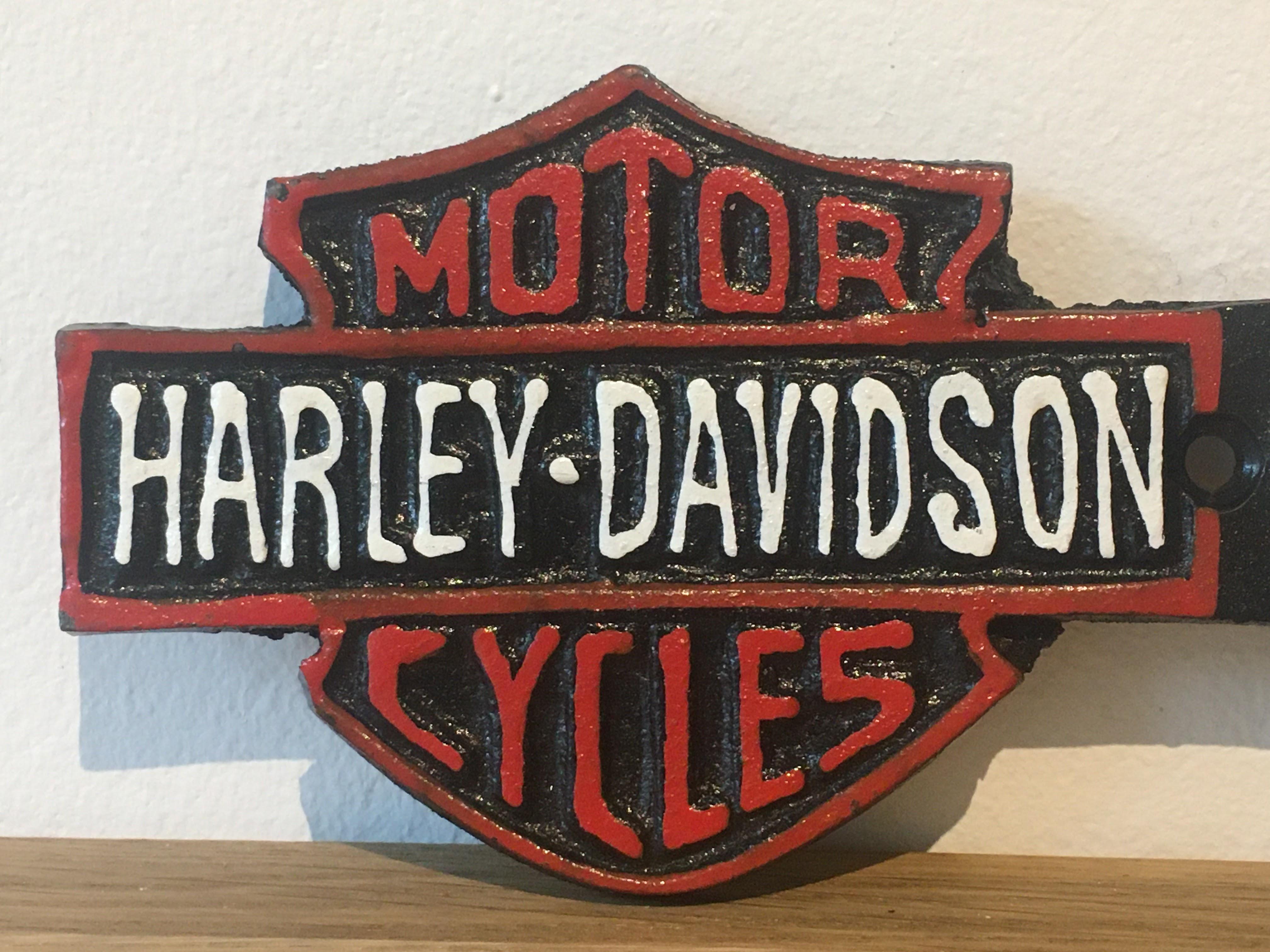 Harley Davidson Motorcycles Cast Iron Garage Arrow Sign - Image 2 of 4