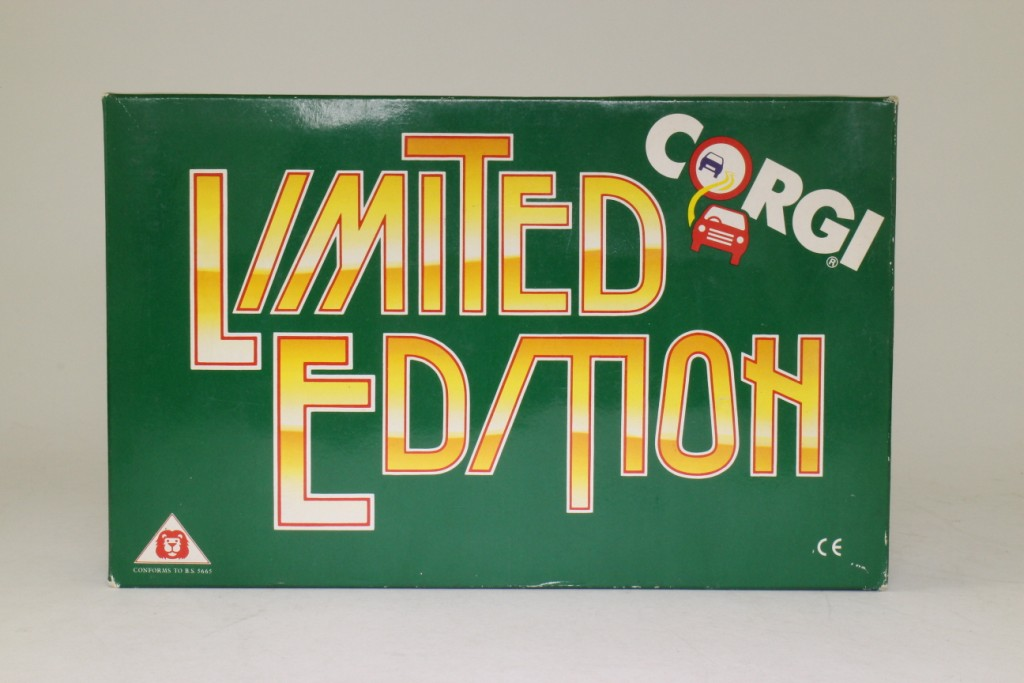 Limited Edition Corgi Bedford OB Coach West Yorkshire - D949/26 - Image 7 of 8