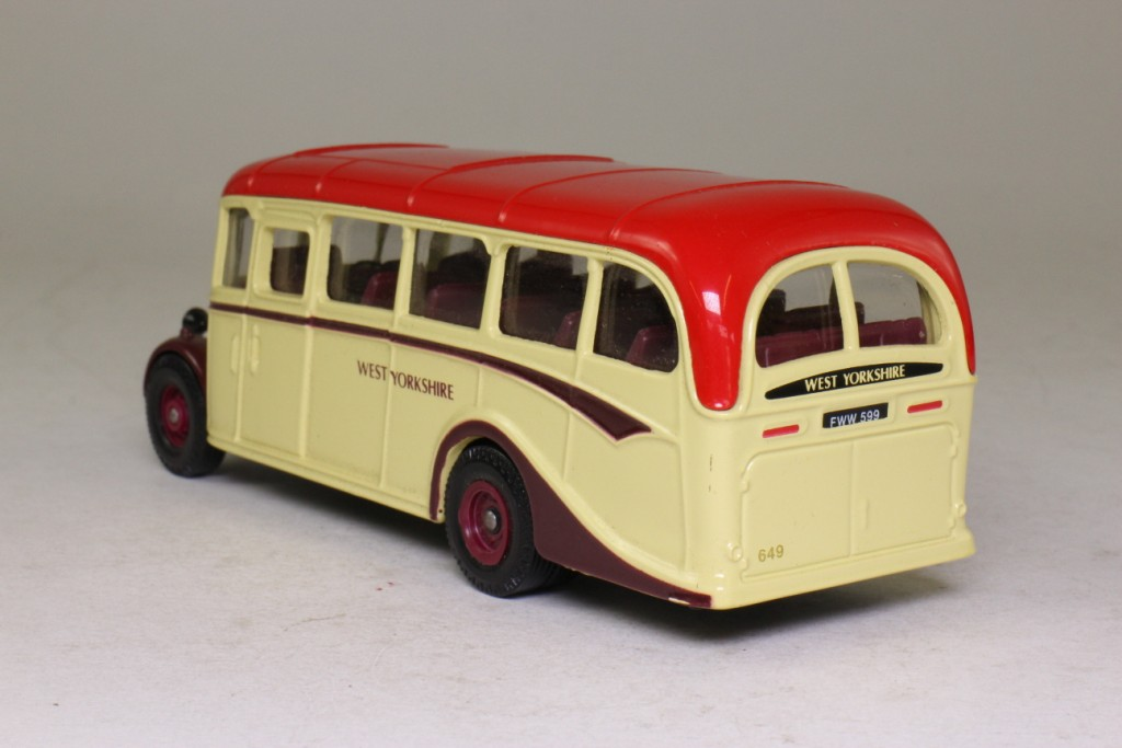 Limited Edition Corgi Bedford OB Coach West Yorkshire - D949/26 - Image 4 of 8