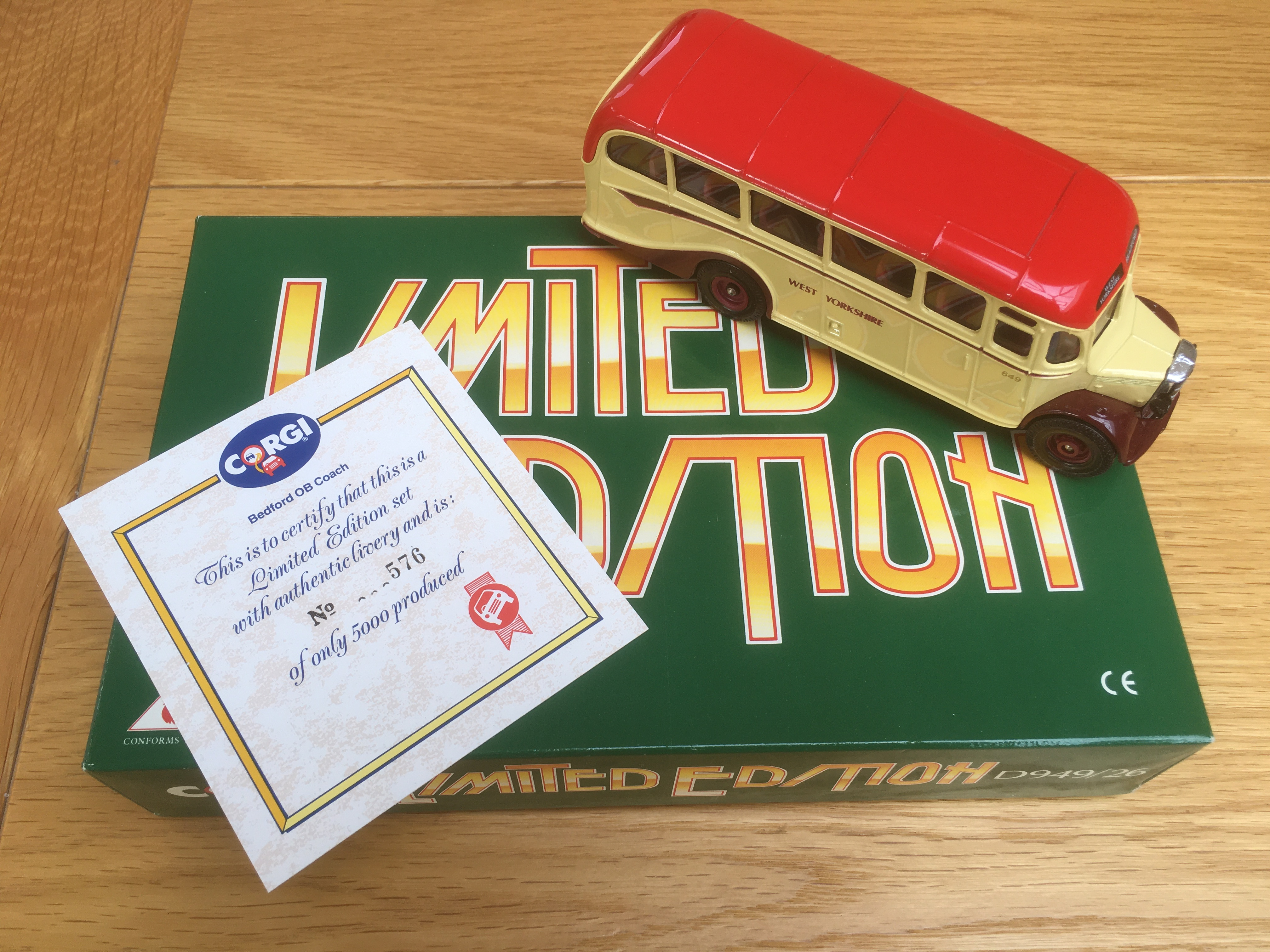Limited Edition Corgi Bedford OB Coach West Yorkshire - D949/26 - Image 6 of 8