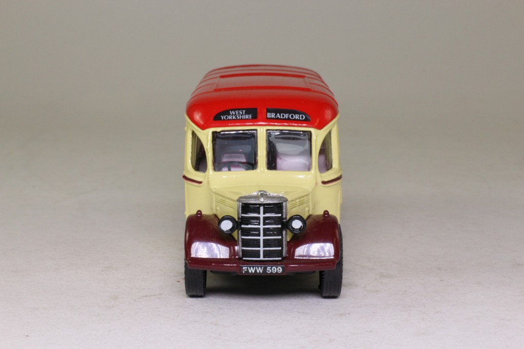 Limited Edition Corgi Bedford OB Coach West Yorkshire - D949/26 - Image 5 of 8