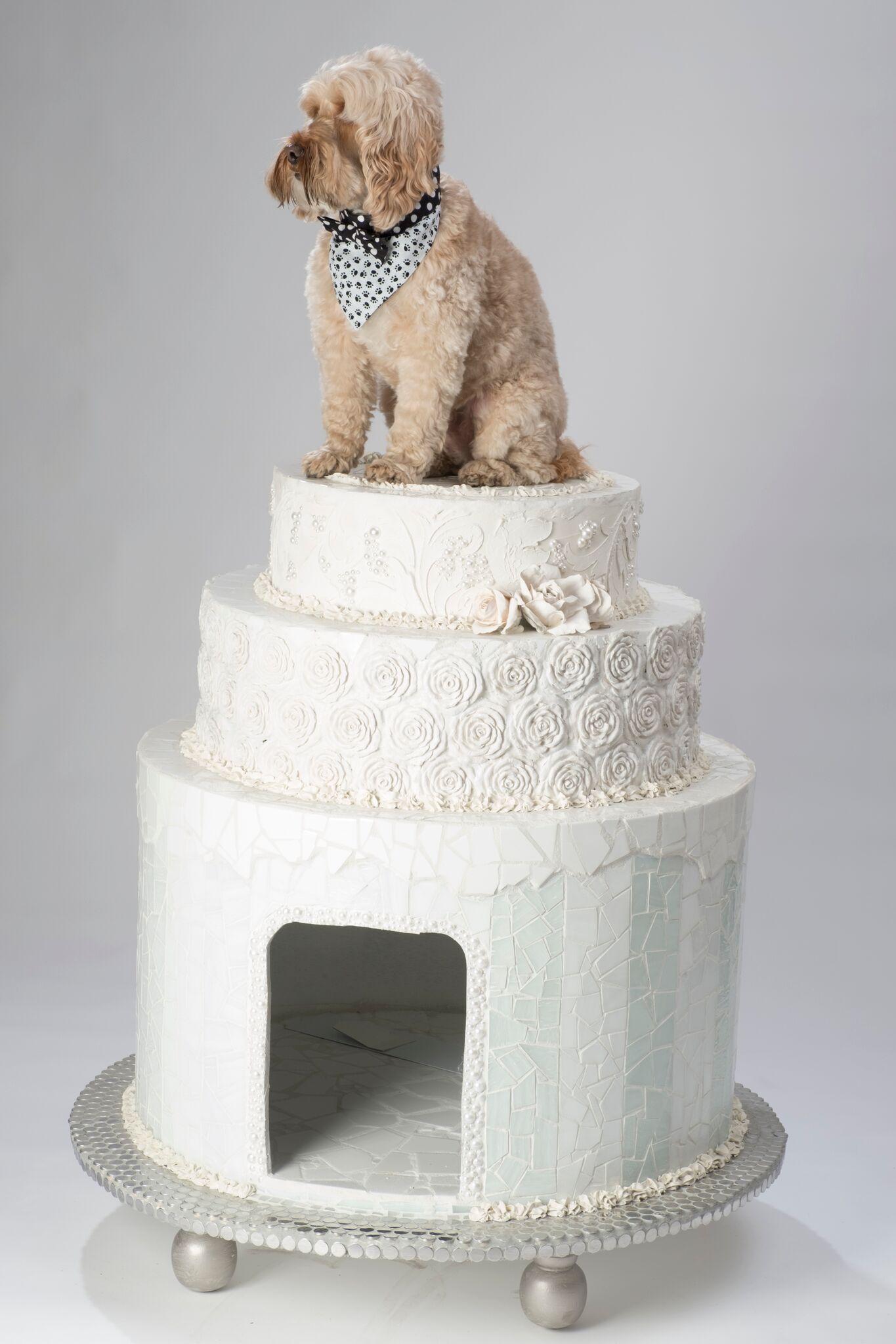 Lot 20 - Jeff Monsein - The Royal Wedding Cake House