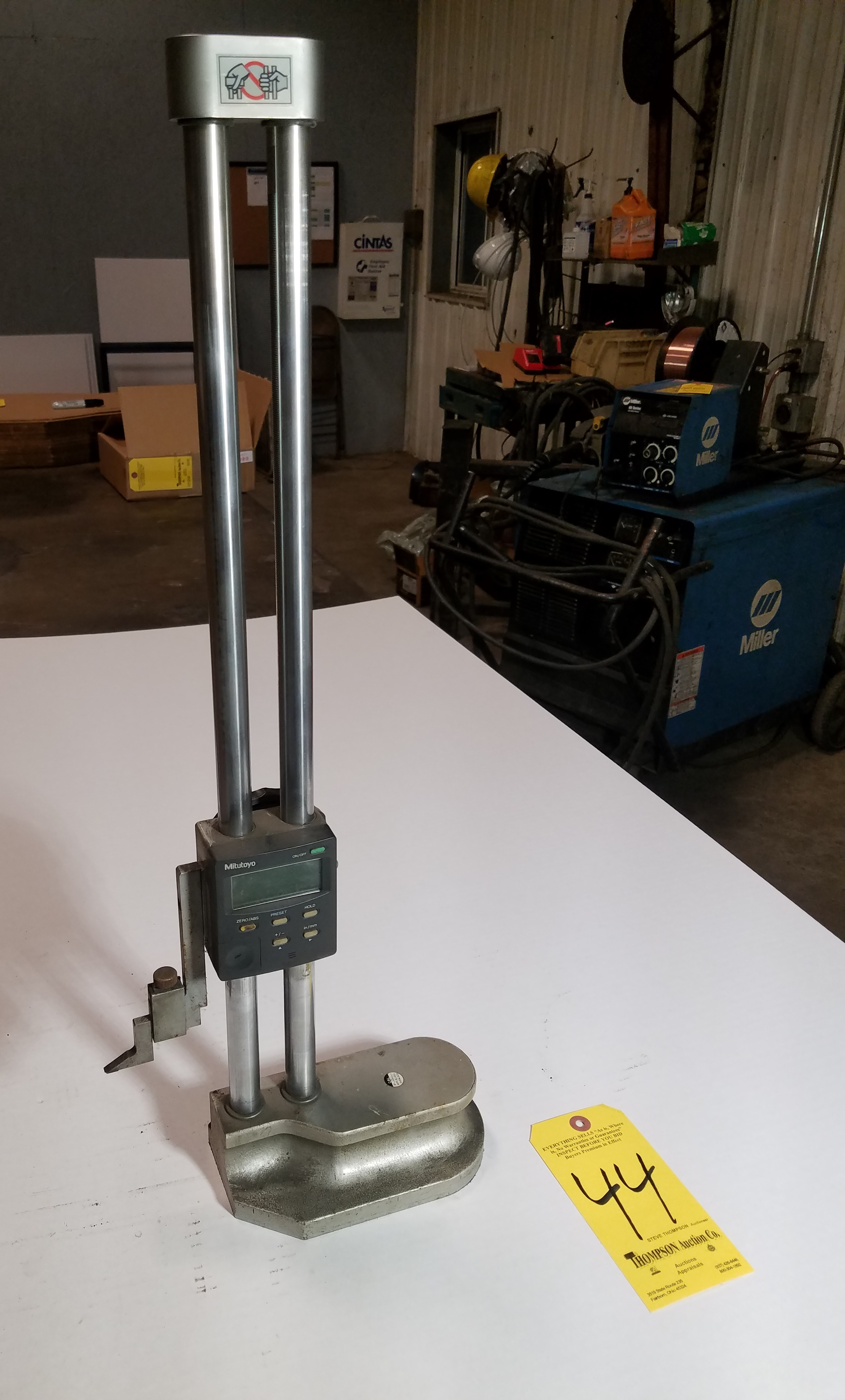 Mitutoyo 12 Inch Height Gage