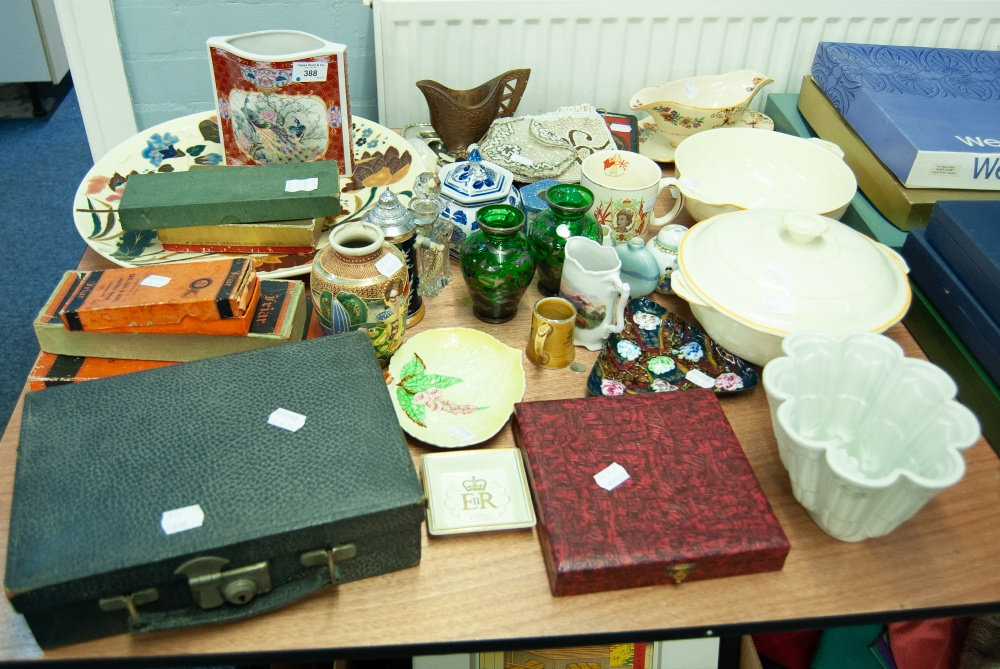Lot 388 - A SELECTIO OF ASSORTED CERAMICS AND GLASSWARES, COINS, LADY'S EVENING BAGS, BOXED CUTLERY, CARVED