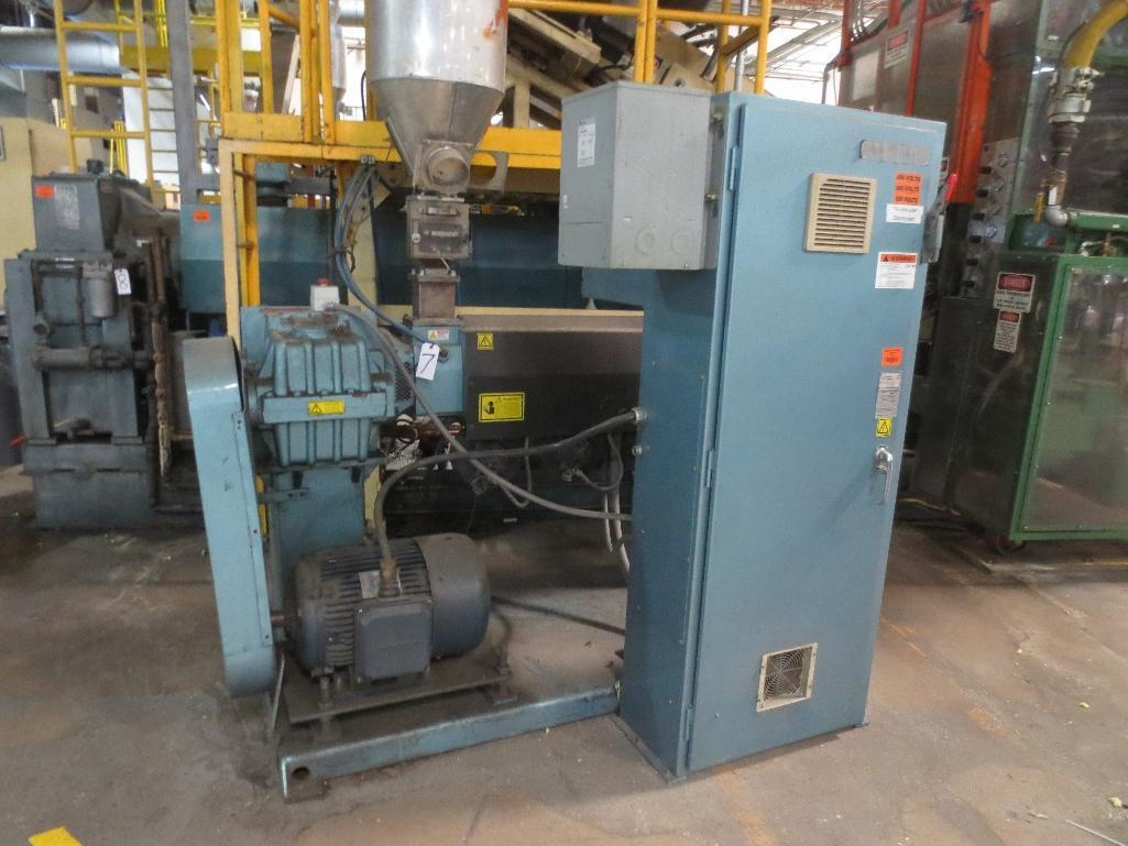 Davis Standard Corp. Extruder With Leeson 40hp Motor & Control Cabinet, M/N SB250, S/N AQ758, Mfg. D - Image 2 of 9