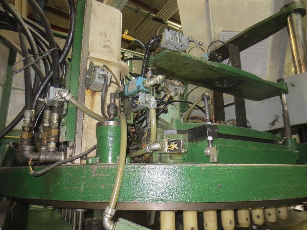 Nissei Stretch Blow Molding Machine, M/N ASB650EX II (Needs Gear Box) S/N 8665348, Mfg. Date 2/87 - Image 9 of 15