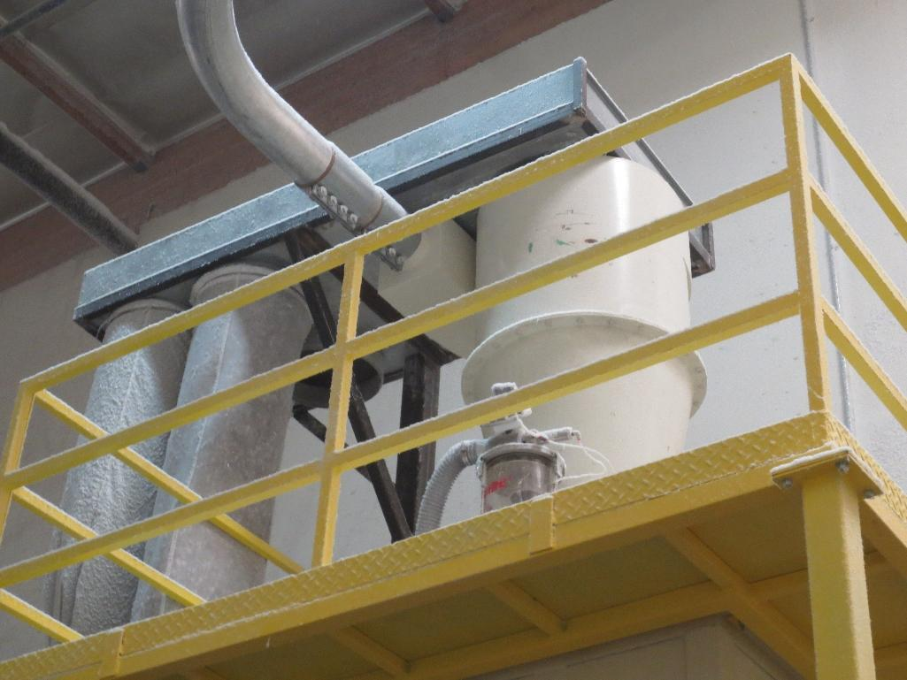 L.R. Systems Feeder Hopper - Image 3 of 3
