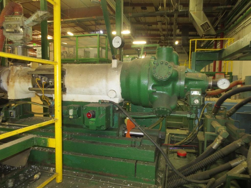 Nissei Stretch Blow Molding Machine, M/N ASB650EX II (Needs Gear Box) S/N 8665348, Mfg. Date 2/87 - Image 5 of 15