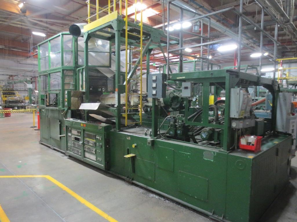 Nissei Stretch Blow Molding Machine, M/N ASB650EX II (Needs Gear Box) S/N 8665348, Mfg. Date 2/87 - Image 3 of 15
