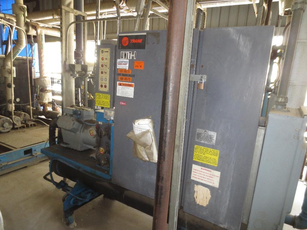 Trane Water Chiller, M/N CGWCC604MDNGG603AFGTP S/N Unknown - Image 2 of 5