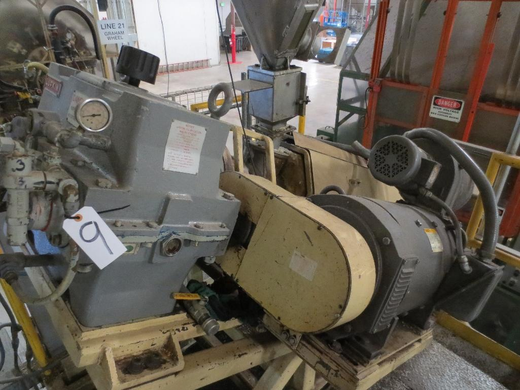 Lufkin Extruder With Baldor 60hp Motor & Control Cabinet, M/N DH150D-411, S/N 6707