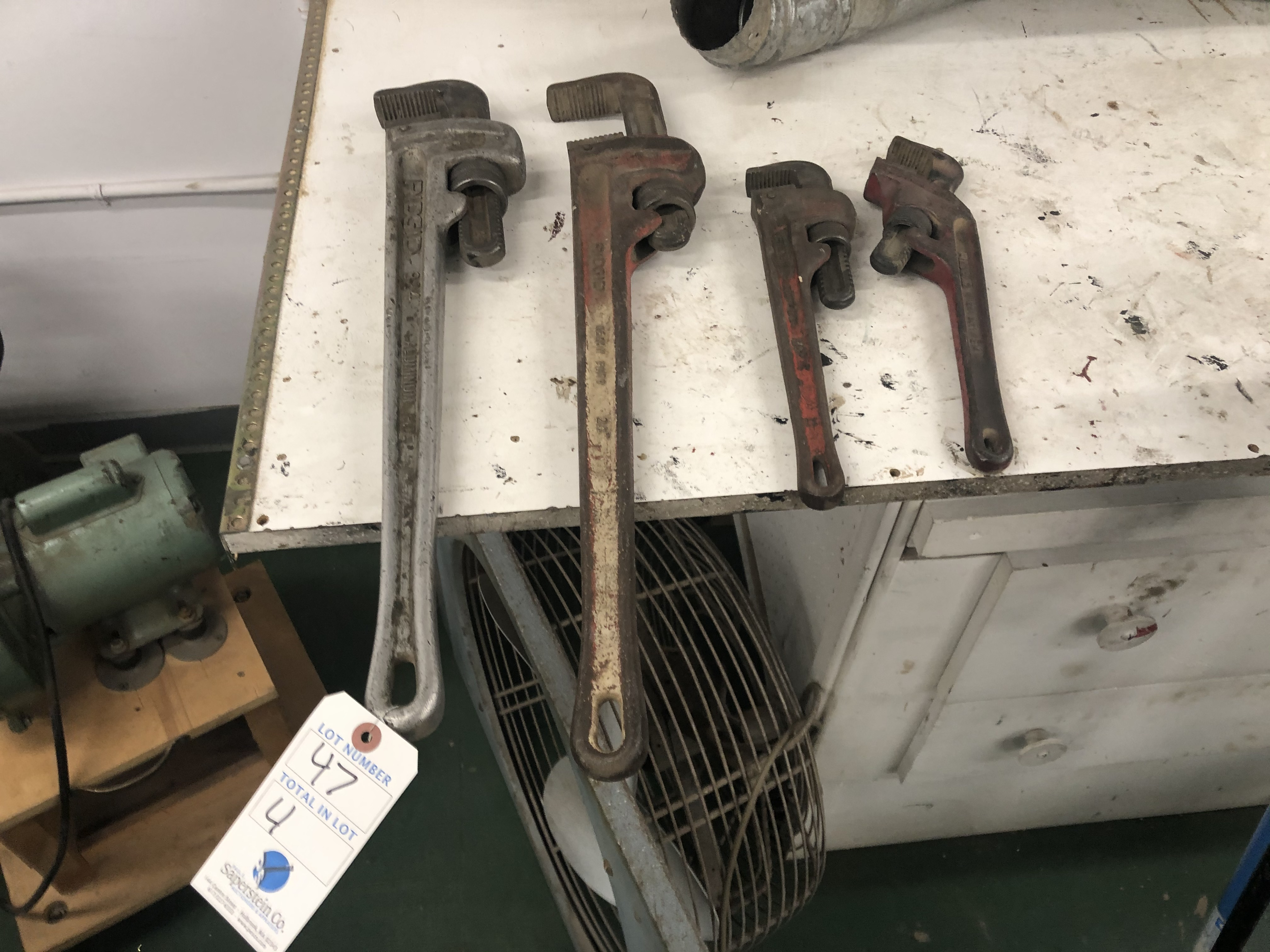 {LOT} 4 Ridgid Pipe Wrenches