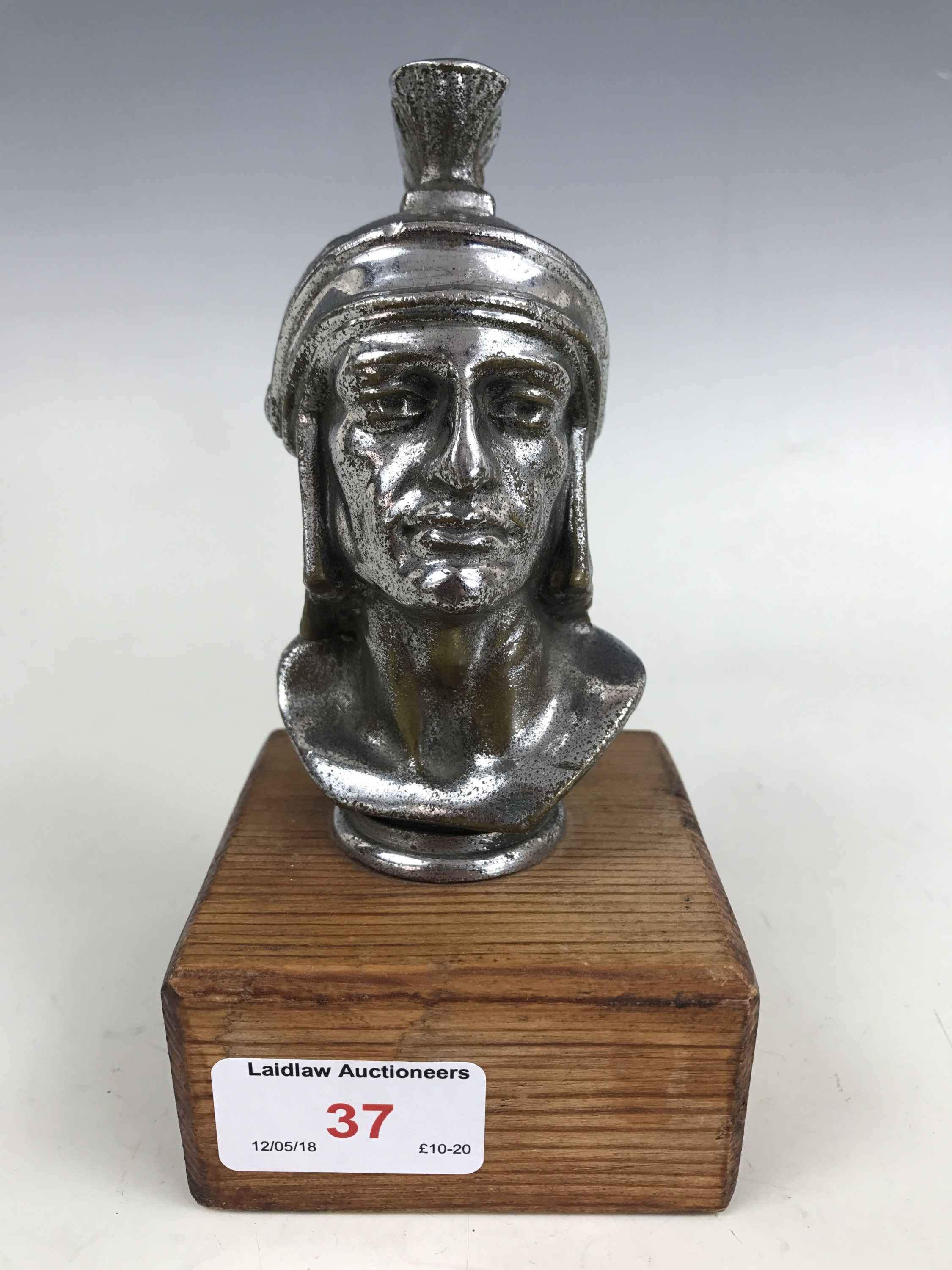 Lot 37 - A car mascot modelled in the form of a Centurion