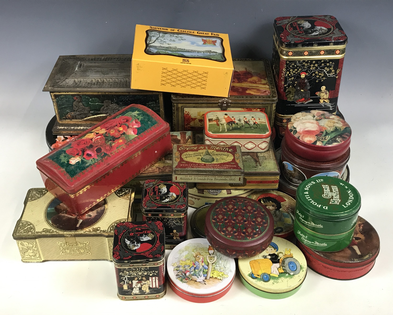 Lot 50 - A quantity of vintage tins