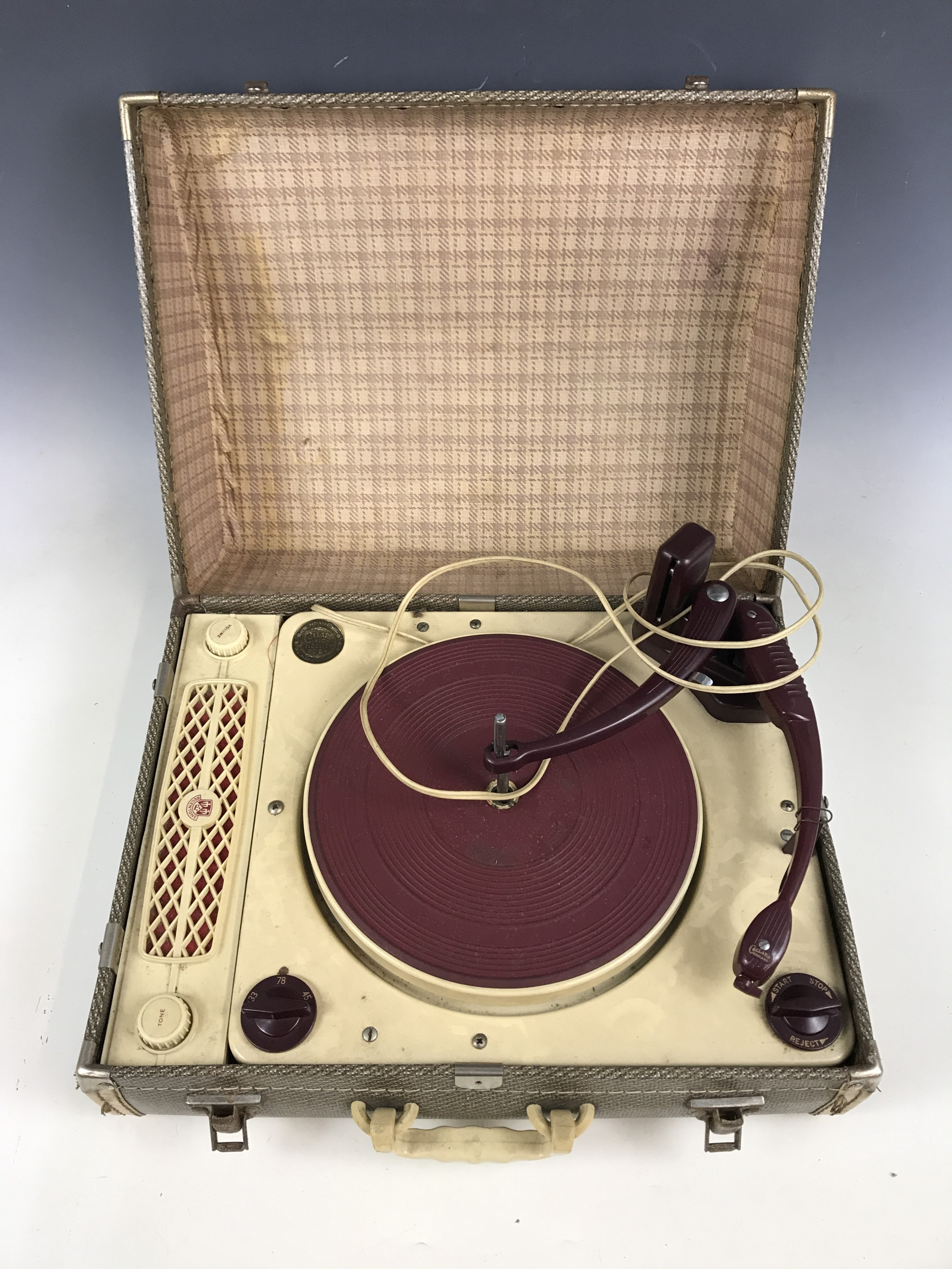 Lot 39 - A Collabo High Fidelity RC54 Regentone record player