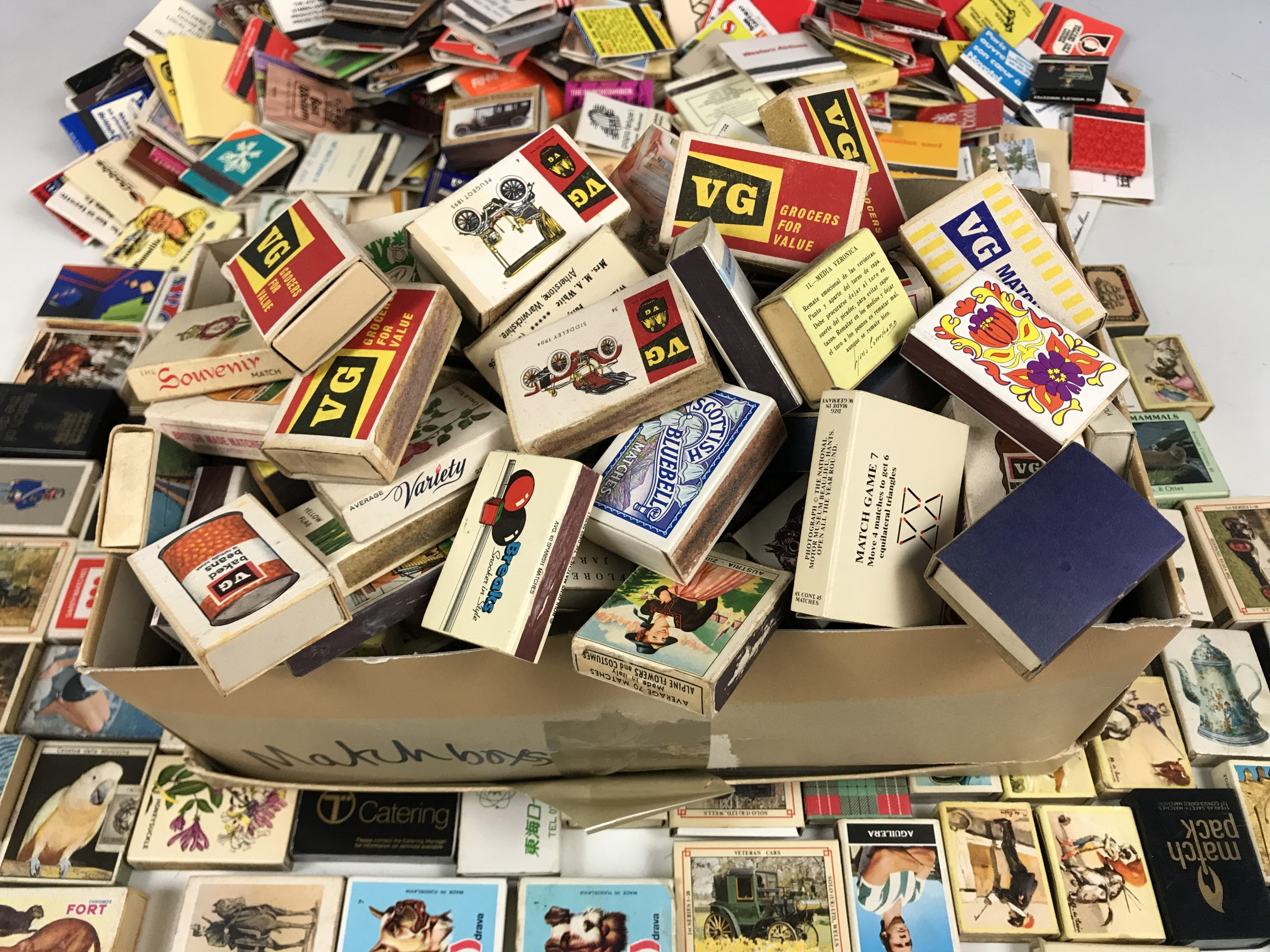Lot 11 - A large collection of match boxes and match books