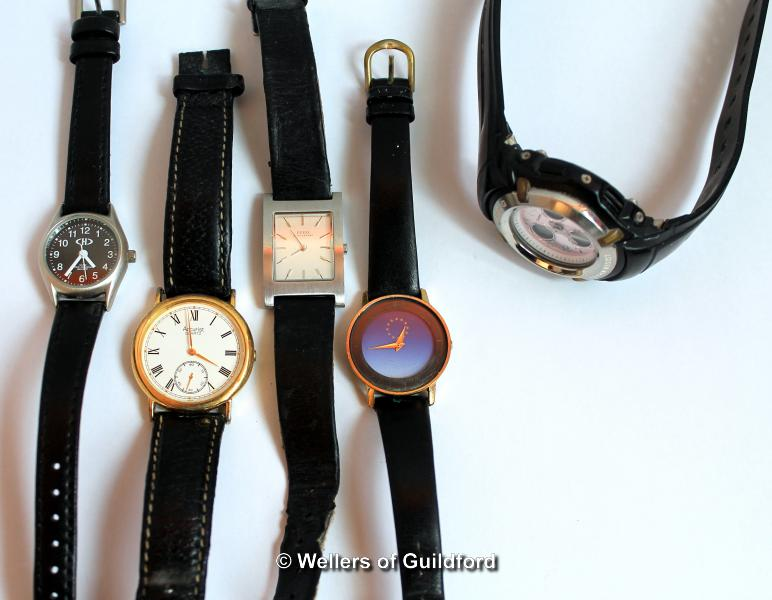 Lot 5029 - Selection of five mixed wristwatches, including Accurist and Casio