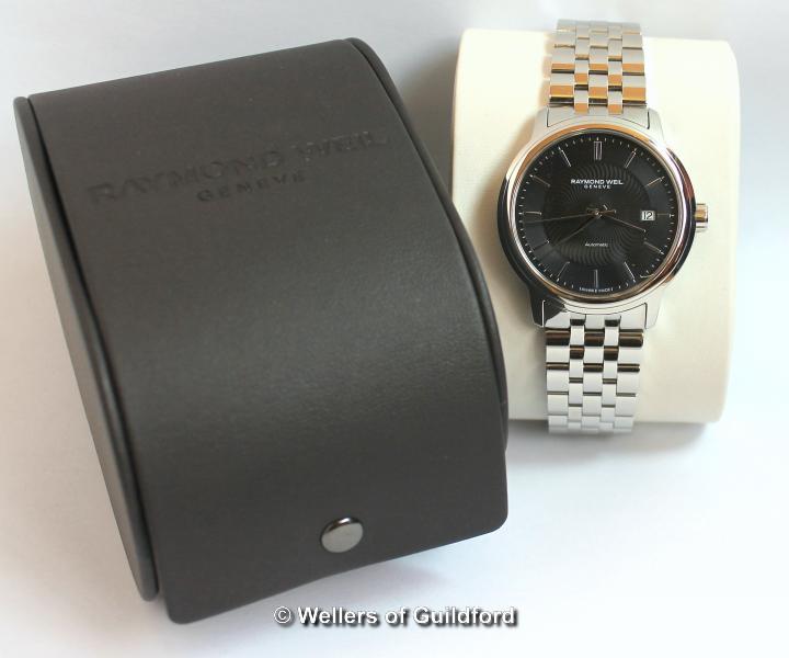 Lot 5021 - *Gentlemen's Raymond Weil Maestro automatic wristwatch, circular black dial with baton hour