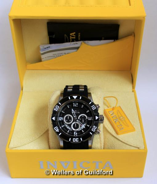 Lot 5003 - *Gentlemen's Invicta Pro Diver wristwatch, black dial with rotating bezel, Arabic numerals and baton