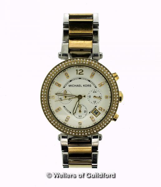 Lot 5017 - *Michael Kors bi-colour wristwatch, circular cream dial with white stone set bezel and baton hour
