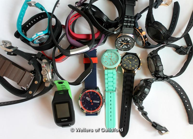 Lot 5014 - *Selection of twenty-three mixed sports style and fitness watches, including Tomtom, Casio Fitbit (