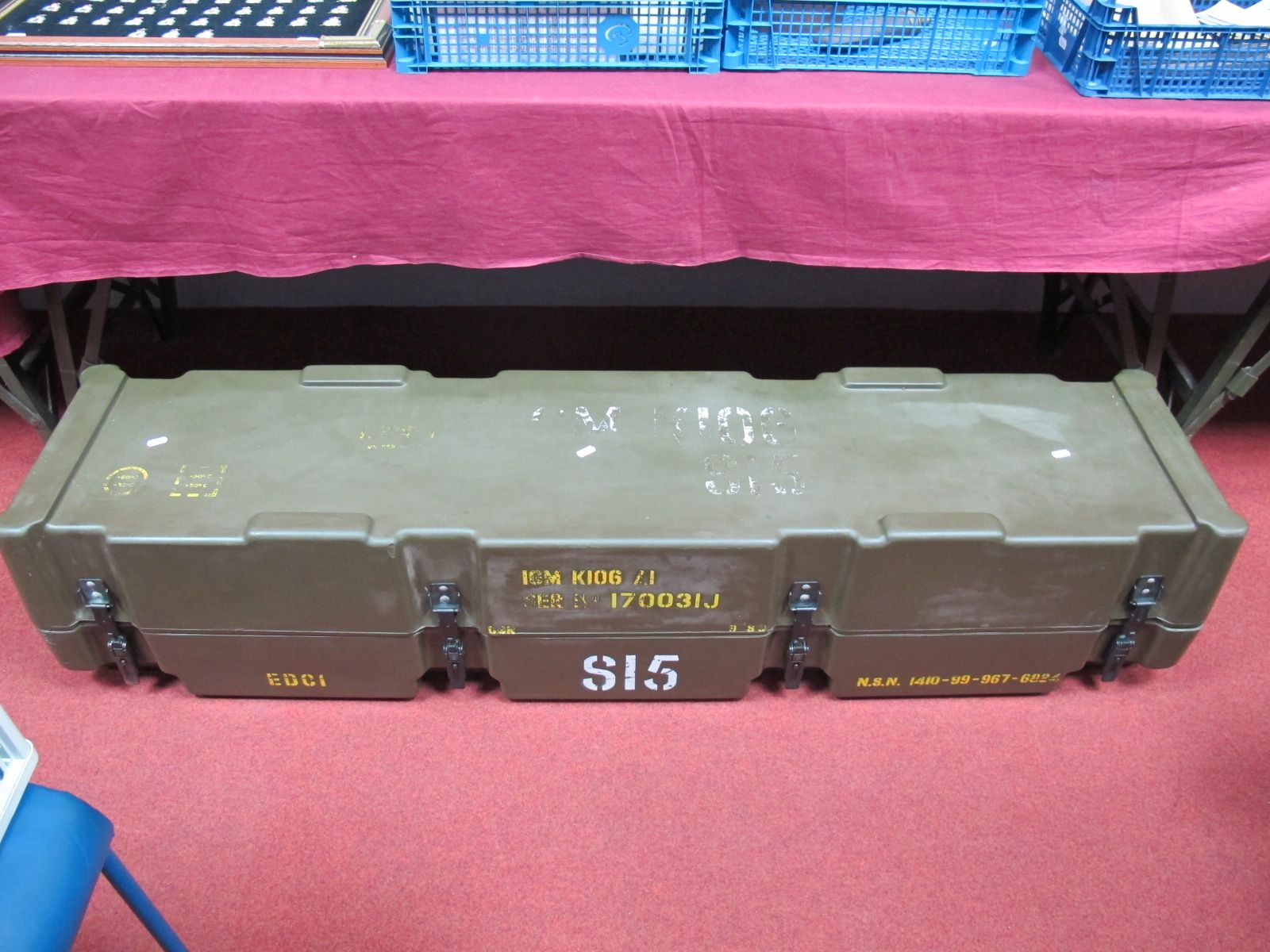 Lot 46 - A Gulf War British Army Javelin S-15 'Starburst' Laser Guided Surface To Air Missile Case, inner and