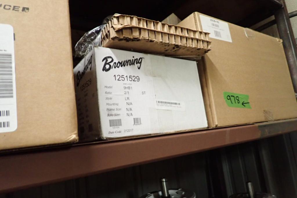 Rebuilt magnum tape heads, gear reducers, bearing racks ** Rigging Fee: $25 ** - Image 5 of 16