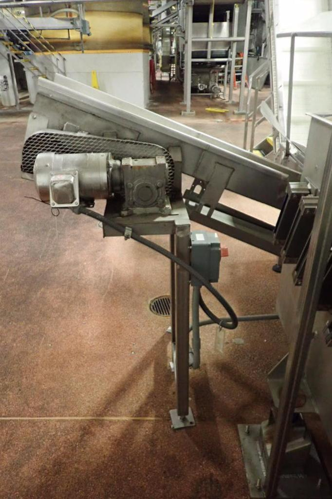 Lot 1017 - Incline conveyor, 84 in. long x 9 in. wide x 20 in. infeed x 48 in. discharge, cleated vinyl belt, S