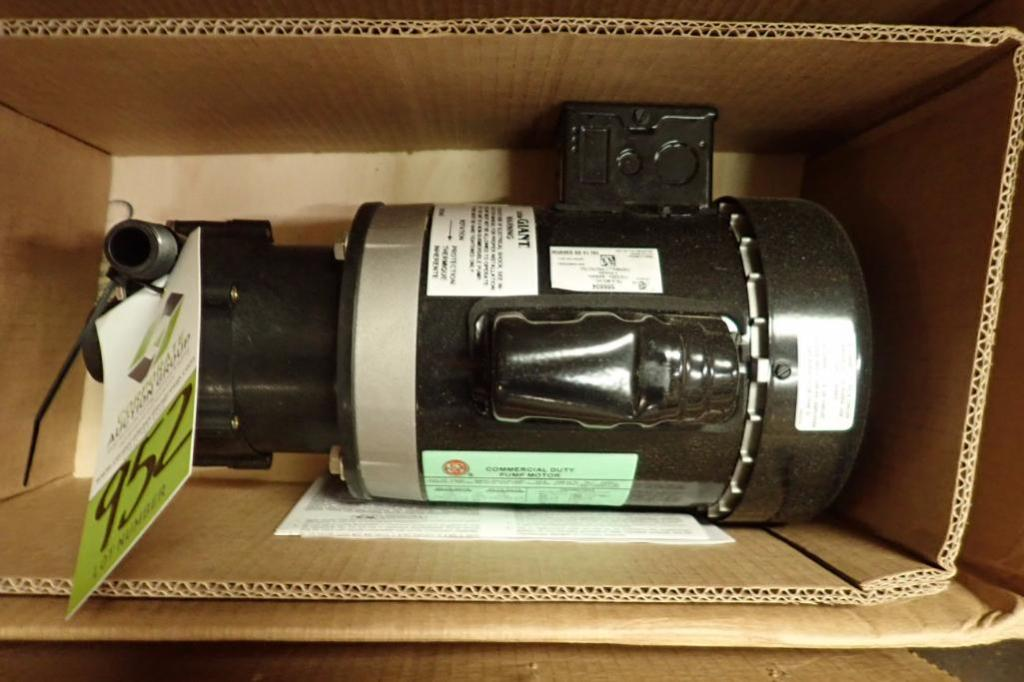 Lot 952 - Unused(2) Little Giant commercial duty pump motor with pump, 0.5 hp, 60 hz, Frame 56C, 3450 rpm, **