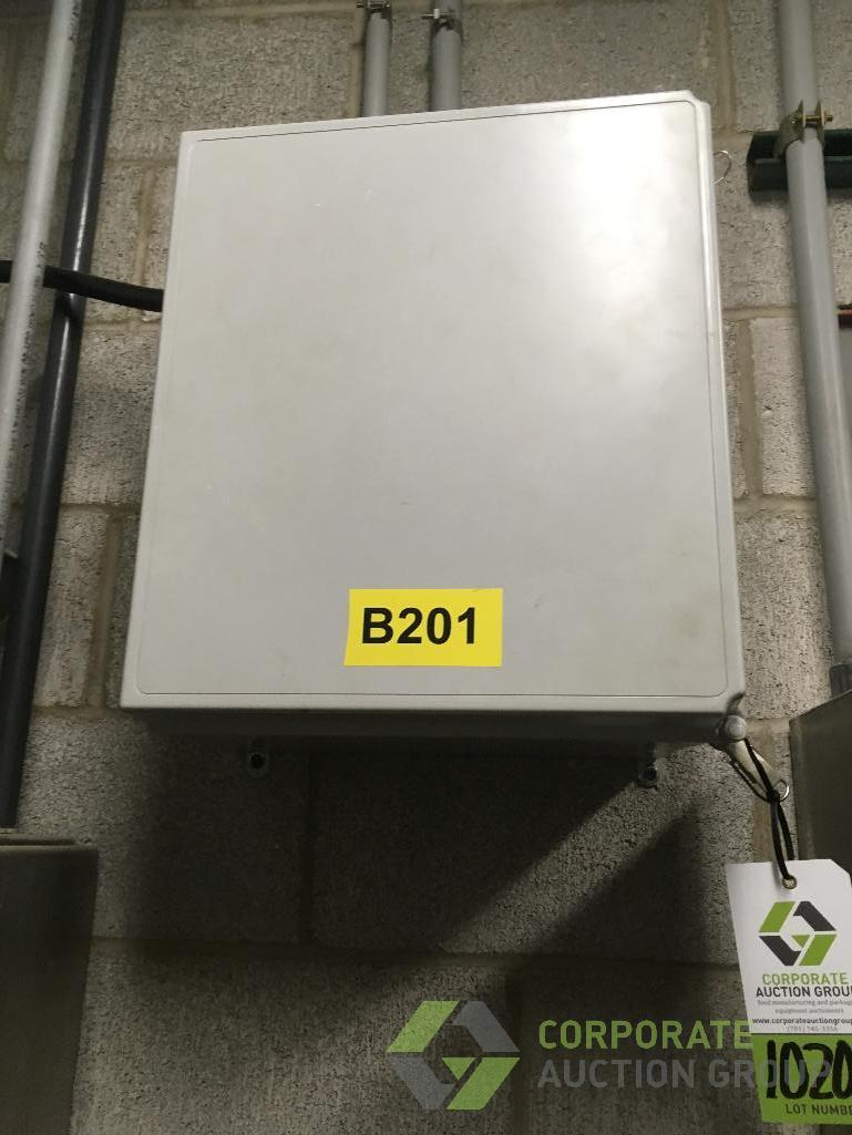 Lot 1020.5 - Control cabinet and contents including: (1) AB Powerflex 4M VFD in a Hoffman poly wall mount cabinet