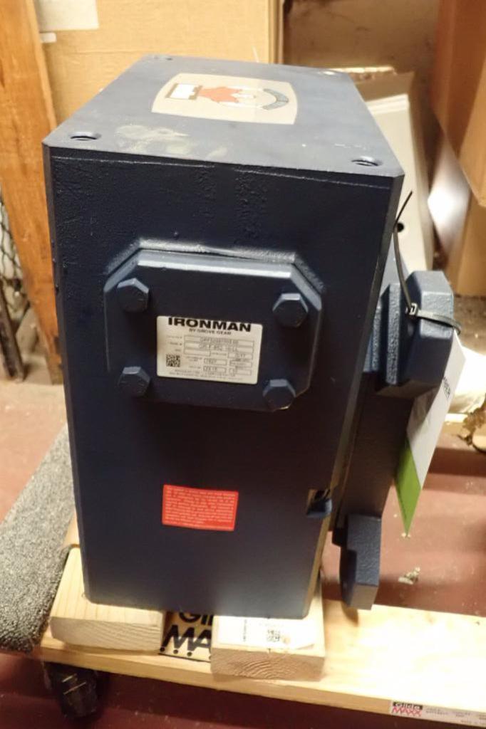 Lot 955 - Unused Ironman grove gear, Model GR-F-852-10-LL, ration 10:1 ** Rigging Fee: $10 **