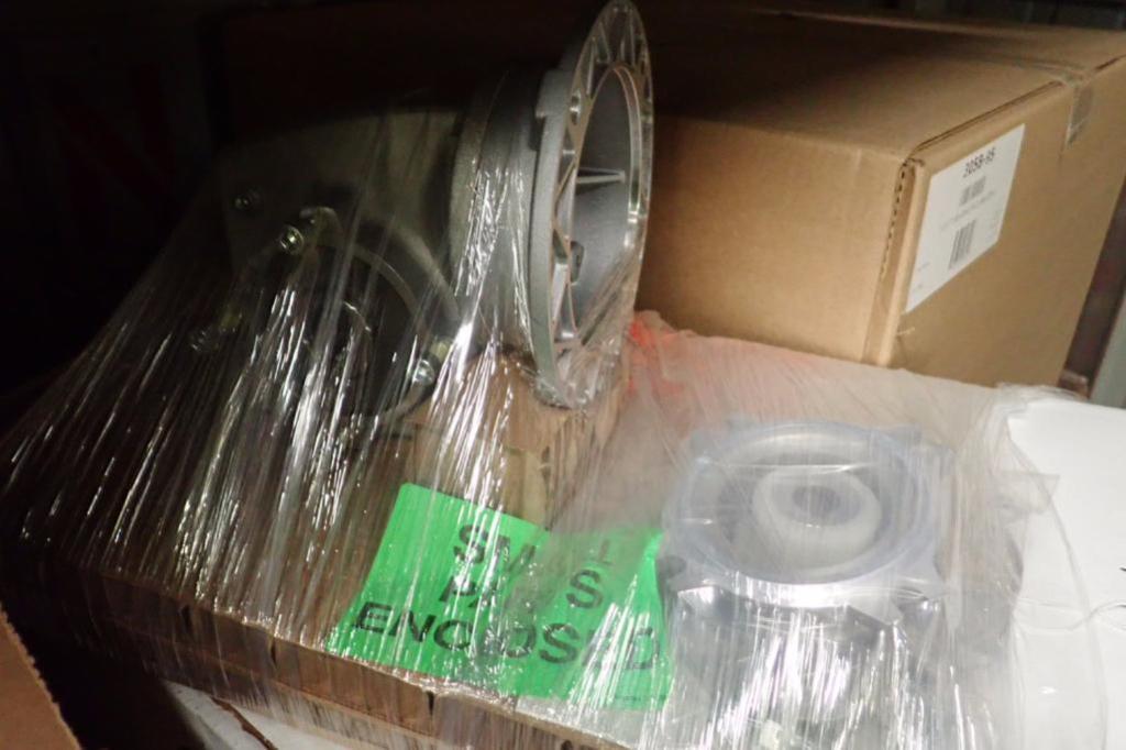 Rebuilt magnum tape heads, gear reducers, bearing racks ** Rigging Fee: $25 ** - Image 14 of 16