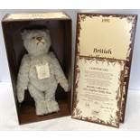 Steiff British Collectors 1911 Replica Teddy Bear, Ltd Edition 819 of 3000, Mint and boxes. 40cms