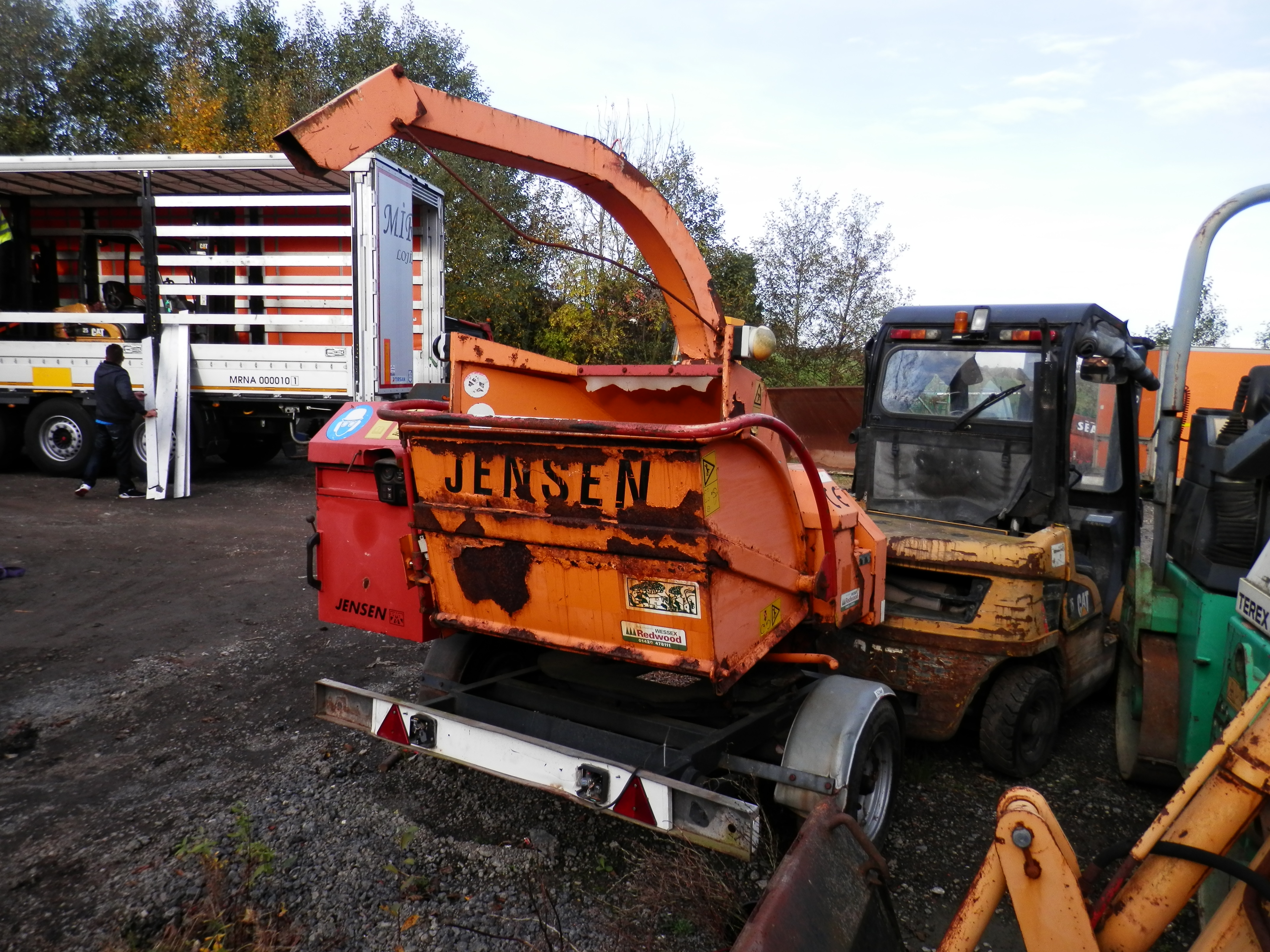 Ds Quality 2004 Jensen Diesel Turntable Chipper Good