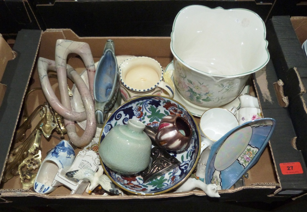 Lot 27 - A box of ceramics and sundries to include Wade, Noritake, crestedware etc.