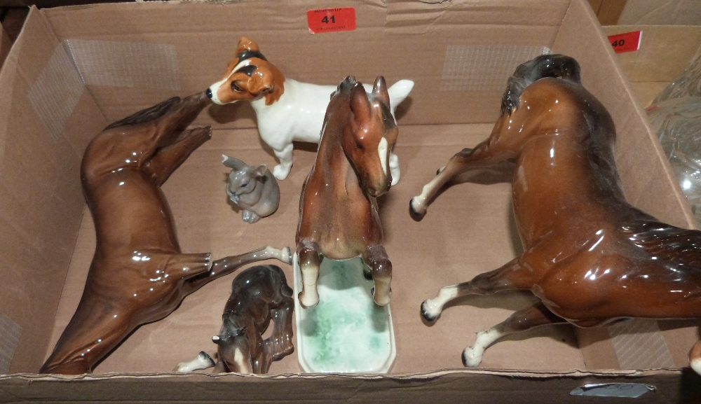 Lot 41 - A collection of damaged Beswick ceramics