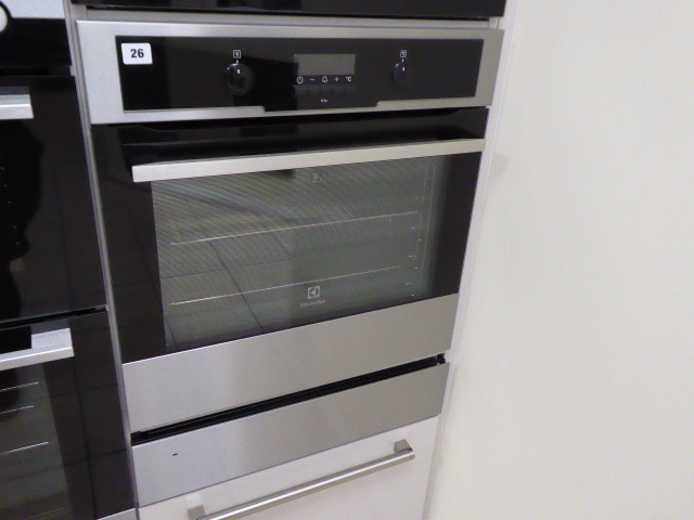 Lot 26 - Electrolux EOC5651CAX pyrolytic oven (Located at the Lincoln saleroom)