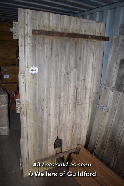 Lot 444 - *SINGLE OAK BARN DOOR, 1210 X 2120