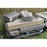 *PALLET OF EIGHT GRANITE KERBS, APPROX 30 LINEAR FT, VARIOUS SIZES