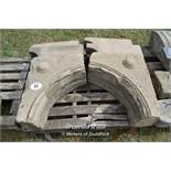 *PALLET CONTAINING SANDSTONE WINDOW SURROUND SECTIONS INCLUDING SIX CORBELS