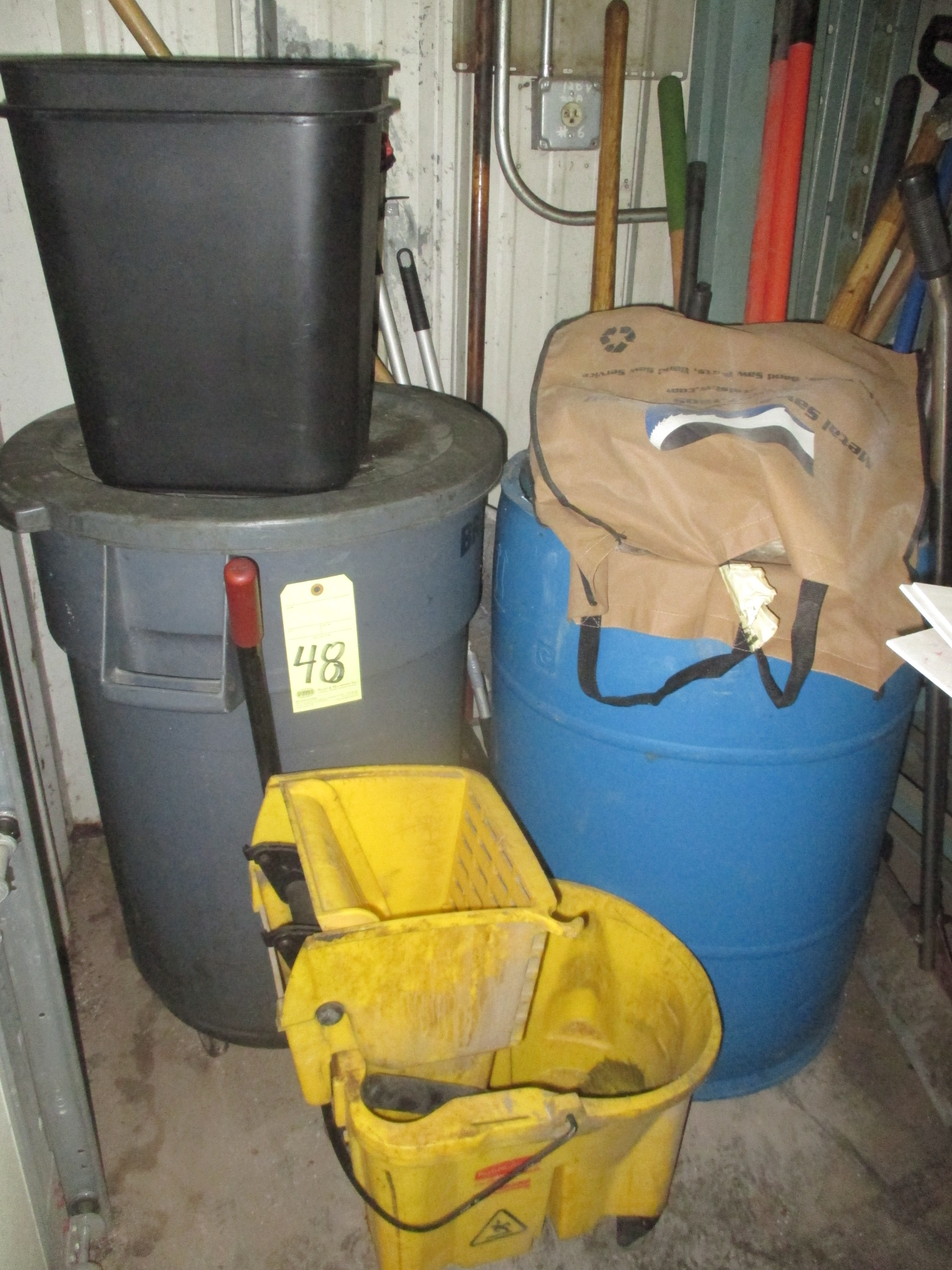 Lot 48 - LOT CONSISTING OF: trash cans, brooms, mops, etc.