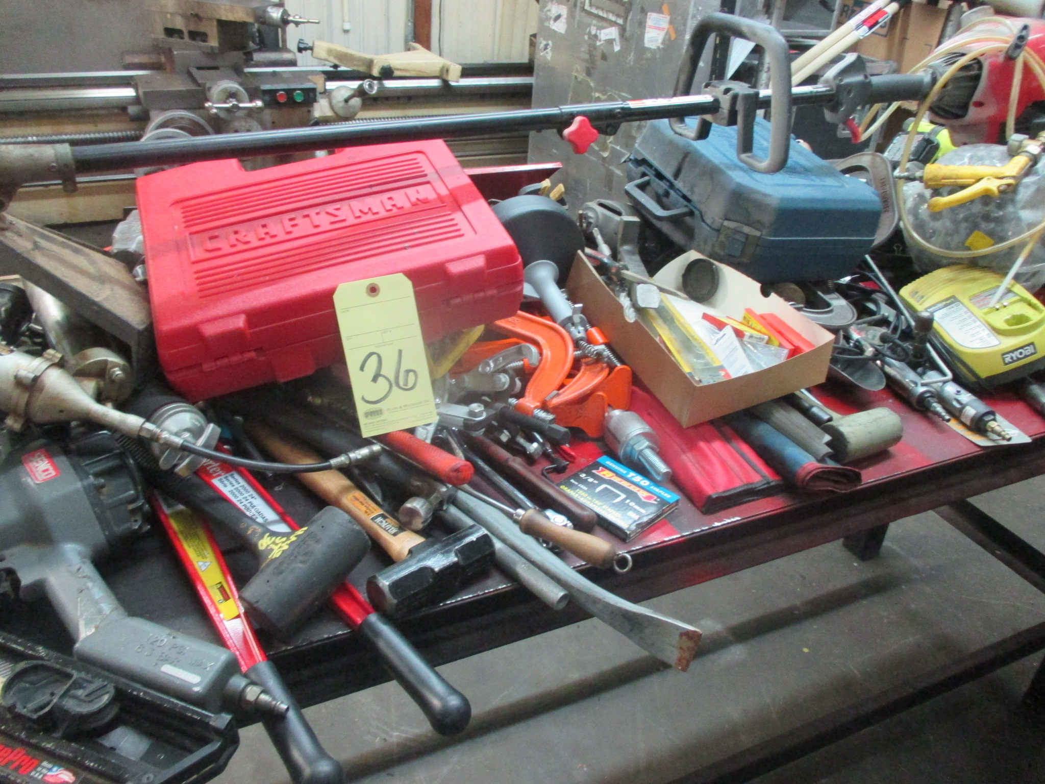 Lot 36 - LOT OF HAND TOOLS, large quantity