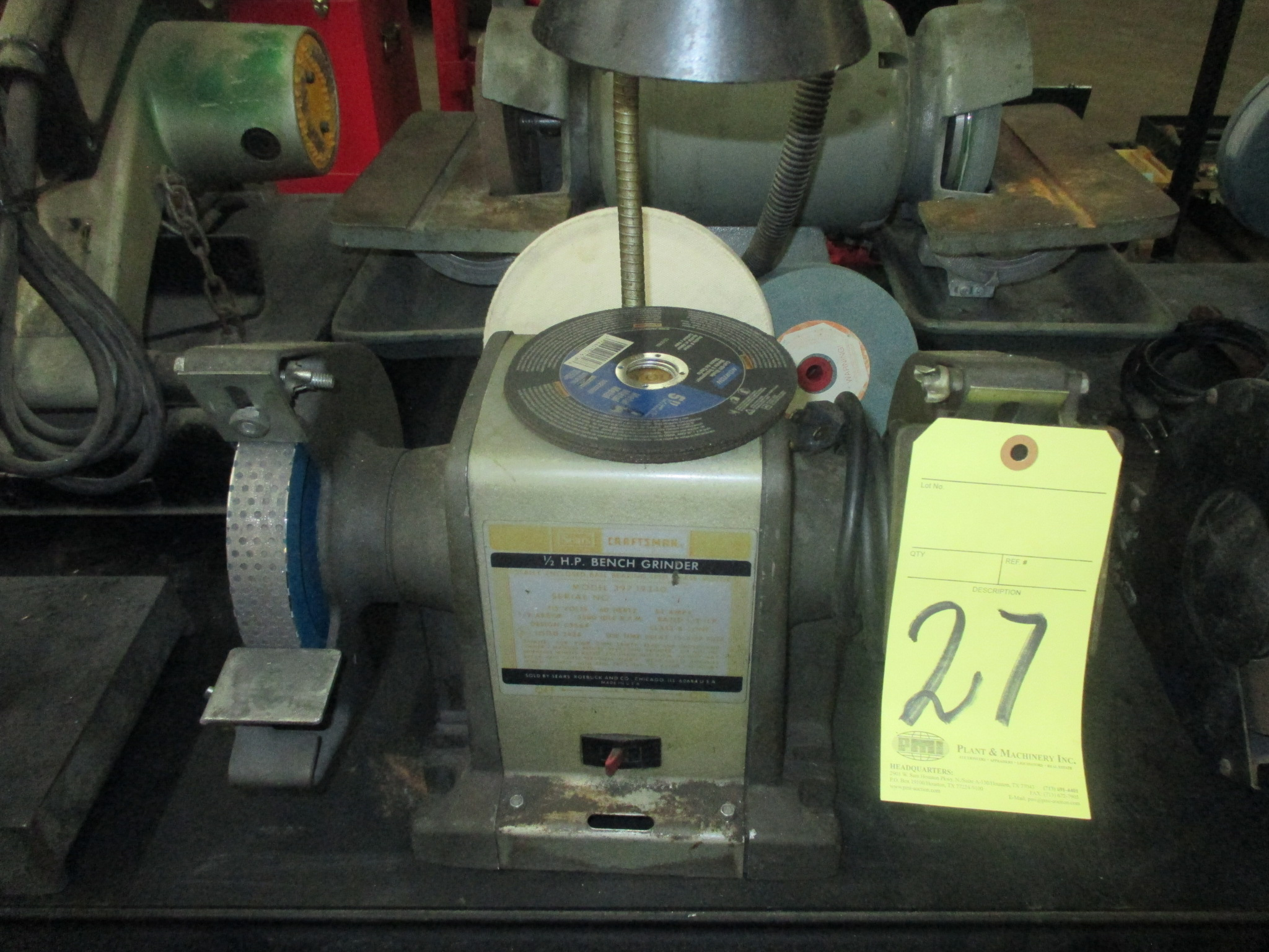 Lot 27 - DOUBLE END BENCH GRINDER, CRAFTSMAN, 1/2 HP