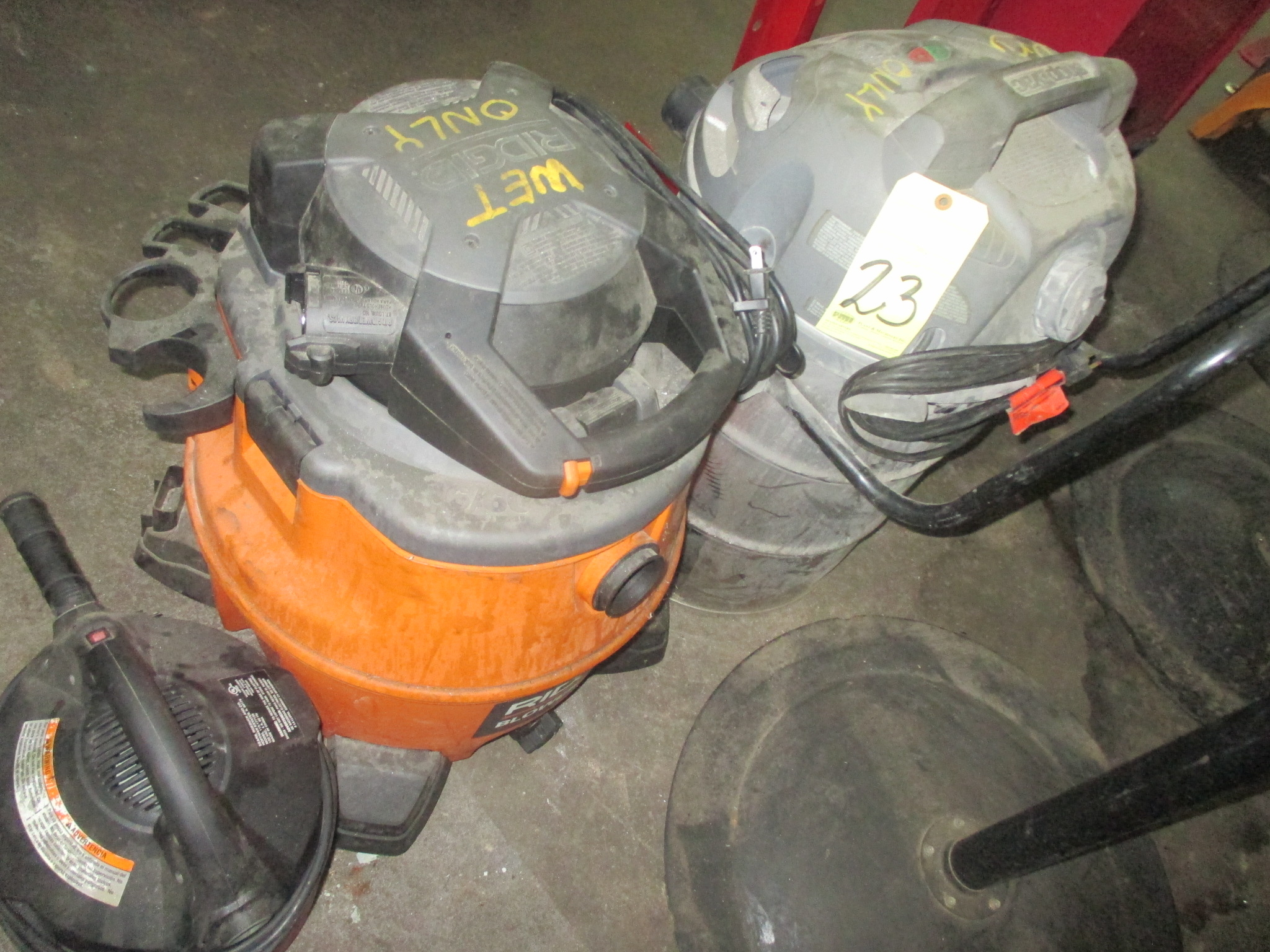 Lot 23 - LOT OF SHOP VACUUMS, SHOP-VAC/RIDGID