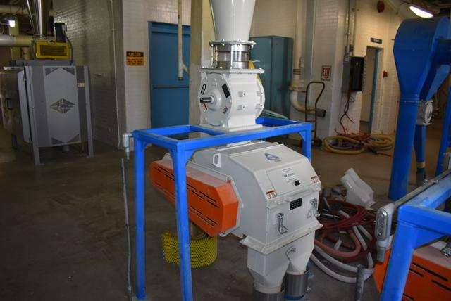 Lot 58 - KICE Impact Mill Model #RST12-18-6-2, Includes Cyclone and KICE Model #VJ10x8x8 Rotary Valve