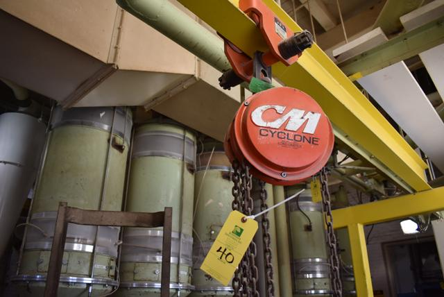 CM Chain Hoist Rated 1/2 Ton, Includes Jet Trolley