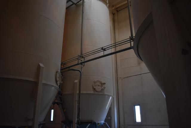 """Lot 152 - Schuld Manufacturing Company Model #67.4-40 Steel Silo/12' Diameter x 28' 8"""" Ht., Rated 52 Ton"""