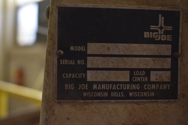 Big Joe Model XT-45 Shop Lift - Image 3 of 3