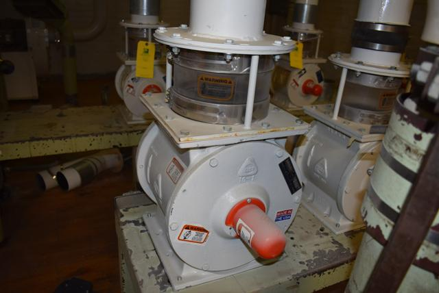 MIAG Type S-70 Aspirator Includes KICE Model #VJ10x8x8 Rotary Valve - Image 2 of 2